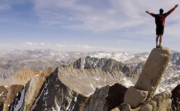 単独行の山歩きは危険?