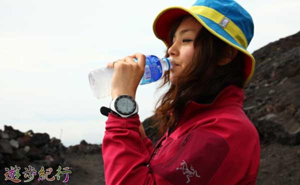 熱射病の予防につながる水分補給の方法と水筒の選び方