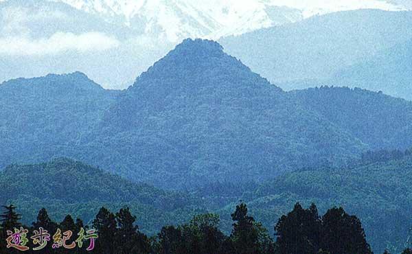 不思議を登るミステリー『尖山』富山県立山町