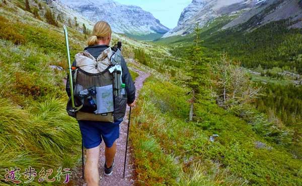 登山用ザック選びは、背負いやすさをなにより優先