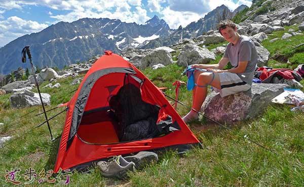 快適な山岳テントに求められる8つの条件と、登山用のテントの選び方