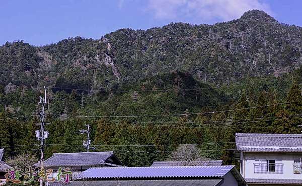 京都大原三山のひとつ、金比羅山