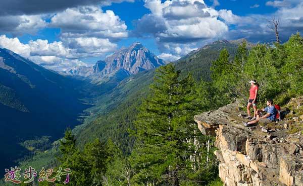 山の天気は予報情報を参考にして観天望気で見極める
