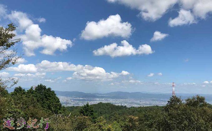 ポンポン山 山頂